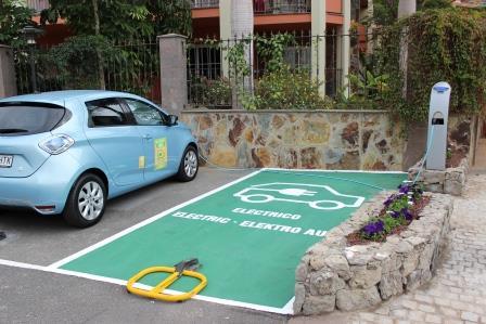 Punto de recarga vehículo eléctrico en el Hotel Cordial Mogán Playa
