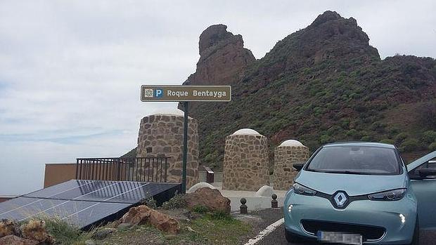 Renaul ZOE de Esparent en el Roque Bentayga