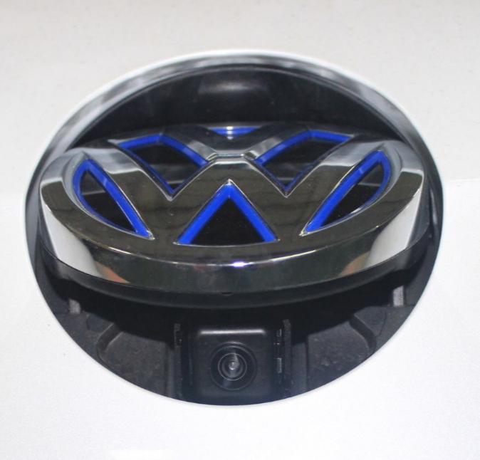 Detalle de la cámara de visión trasera del VW e-Golf | Foto: Arlangton